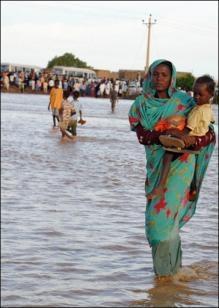 3561219632-inondations-en-afrique-de-l-est-des-milliers-de-personnes.jpg