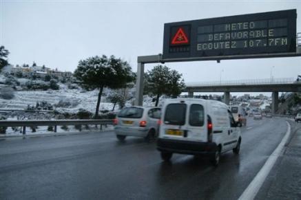 2222916816-neige-et-verglas-alerte-orange-dans-une-trentaine-de-departements.jpg
