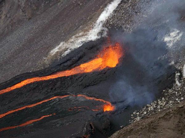 eruption_27_11_2008