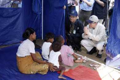 2008-05-22t152825z_01_sin106_rtridsp_2_myanmar-cyclone_bebaye_articleimage