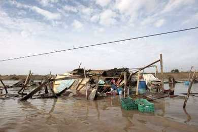 2009-09-03T012745Z_01_HNR24_RTRIDSP_2_MEXICO-HURRICANE_articleimage