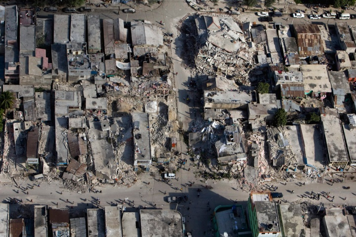 UNDP A poor neighbourhood shows the damage after an earthquake measuring 7 plus on the Richter scale rocked Port au Prince Haiti just before 5 pm yesterday, January 12, 2009. (UN photo)