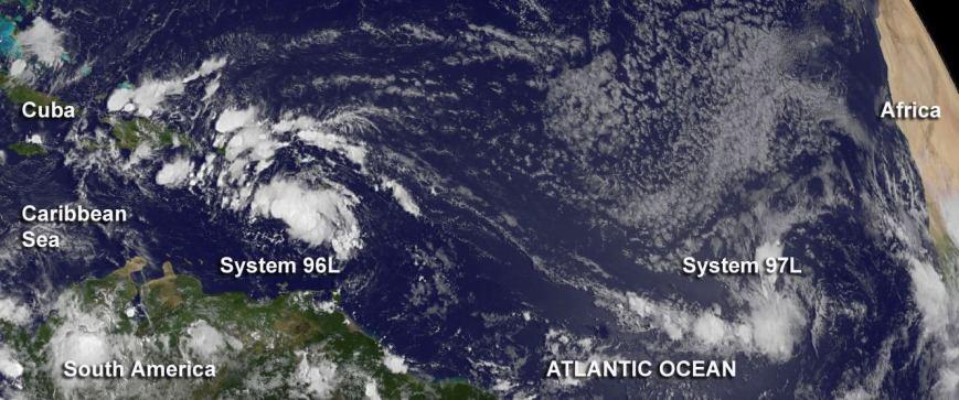 Deux ondes tropicales sur l'Atlantique - Source : Nasa
