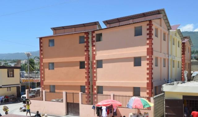Six ans après le séisme du 12 janvier 2010, les travaux de réhabilitation urbaine ont permis d'améliorer la qualité de vie de la population de Delmas 32 et d'autres quartiers limitrophes. Source : PDAF