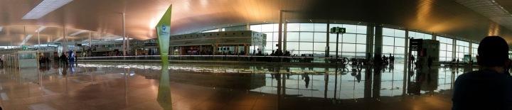 Aéroport Barcelone - Terminal B - Photo JM Digne