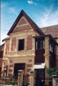 Masagascar, Tananarive, Centre-ville - architecture - Photo Marie-Sophie Bock-Digne (Planète Vivante) 1998