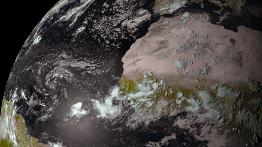 Image satellite des nuages sur l'Afrique de l'Ouest - Photo: NOAA National Weather Service National Hurricane Center