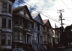 San Francisco - Painted Ladies - 01/1989 - Photo Marie-Sophie Bock Digne (Planète Vivante)