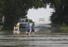 Rue inondée à Cedar Key par Hermine encore tempête tropicale, le 01/09/2016 - Photo AP