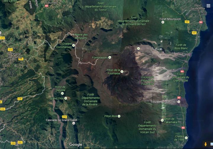 Le Piton de la Fournaise sur Google Maps