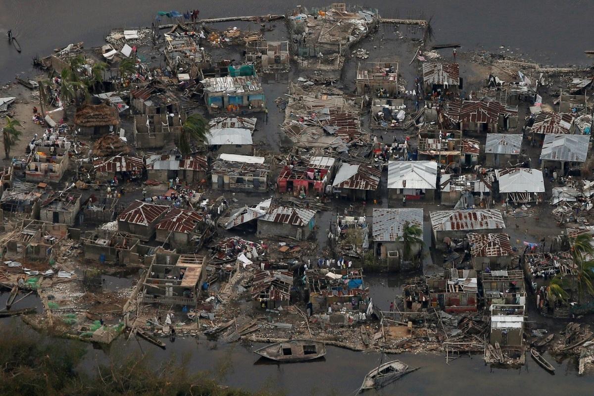 Situation et crise humanitaire en Haïti une semaine après le passage de l'ouragan Matthew