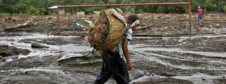 En 2005, l'ouragan Stan a ravagé le Guatemala, fait plus de 1000 morts et des milliers de sinistrés. (ORLANDO SIERRA / AFP)