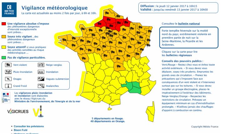 Carte de vigilance météorologique diffusée par Météo France le jeudi 12 janvier 2017 à 16h15